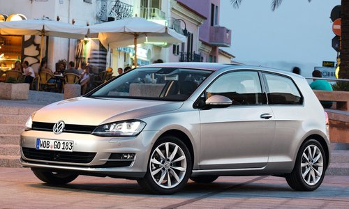 configurador del nuevo volkswagen golf 3 puertas y lista. Black Bedroom Furniture Sets. Home Design Ideas