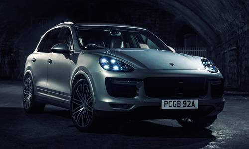 configurateur nouvelle porsche cayenne et listing des prix. Black Bedroom Furniture Sets. Home Design Ideas