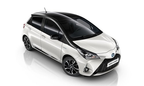 new toyota yaris hybrid car configurator and price list 2018. Black Bedroom Furniture Sets. Home Design Ideas