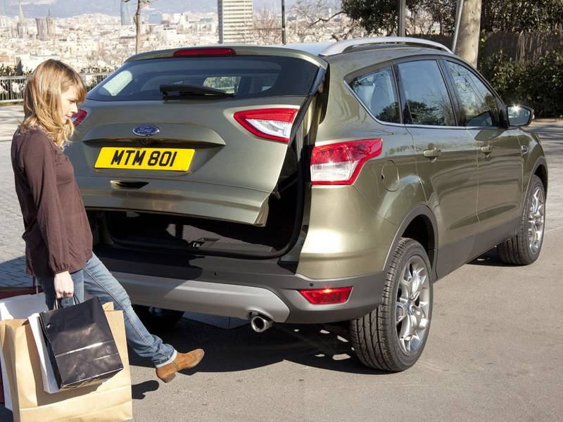 ford kuga 1 5 ecoboost 2x4 110kw cool connect. Black Bedroom Furniture Sets. Home Design Ideas