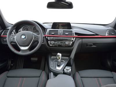 configurateur nouvelle bmw s rie 3 touring et listing des prix 2018. Black Bedroom Furniture Sets. Home Design Ideas