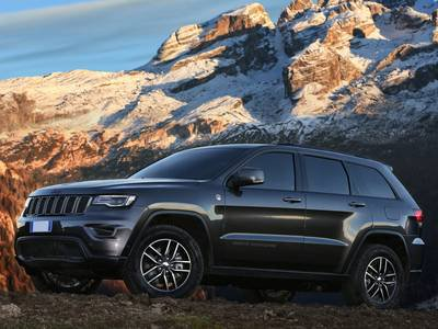 configurateur nouvelle jeep grand cherokee et listing des. Black Bedroom Furniture Sets. Home Design Ideas