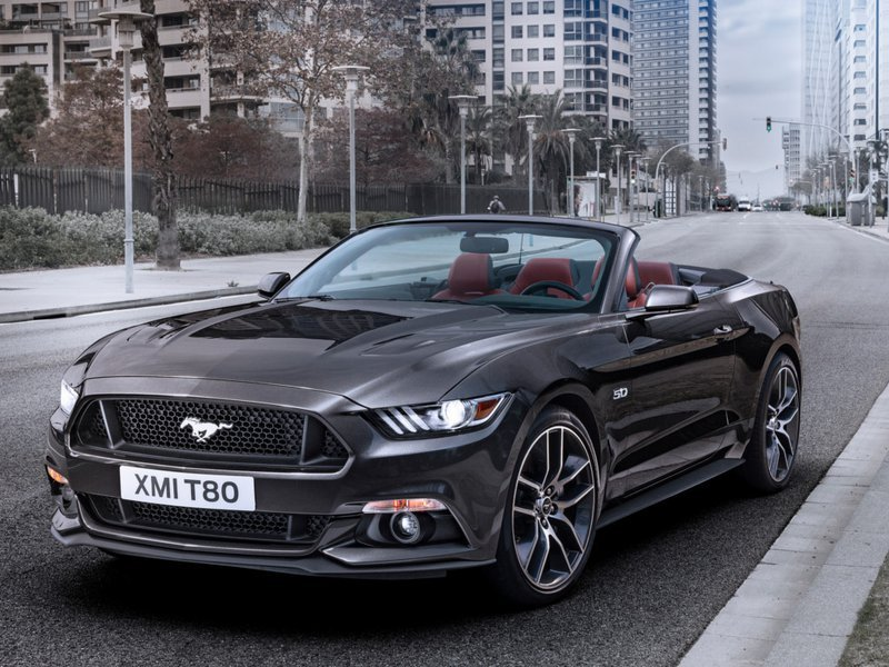 configurateur nouvelle ford mustang cabrio et listing des prix 2019. Black Bedroom Furniture Sets. Home Design Ideas