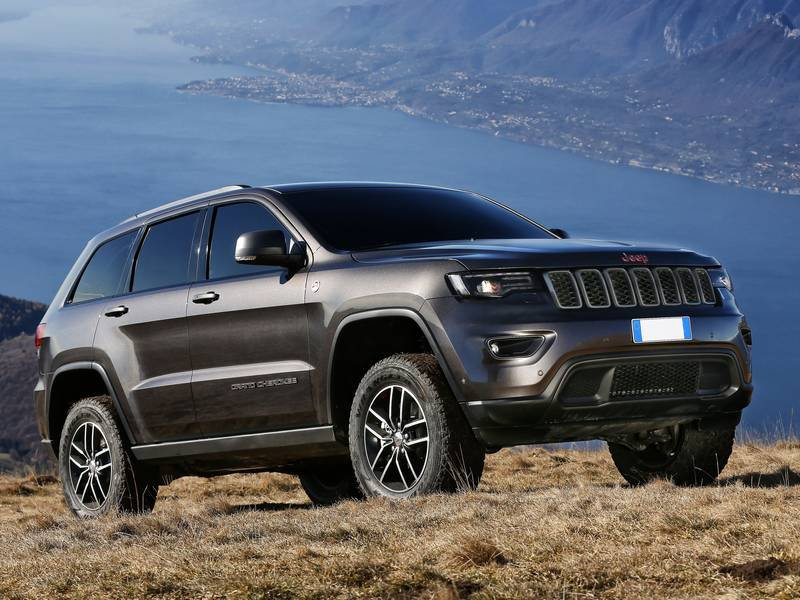 jeep grand cherokee prix jeep grand cherokee laredo 2016 prix moteur sp cifications techniques. Black Bedroom Furniture Sets. Home Design Ideas