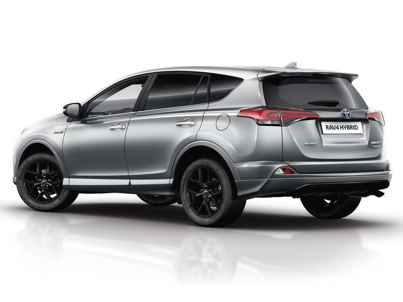 configurateur nouvelle toyota rav4 hybride et listing des prix 2019. Black Bedroom Furniture Sets. Home Design Ideas