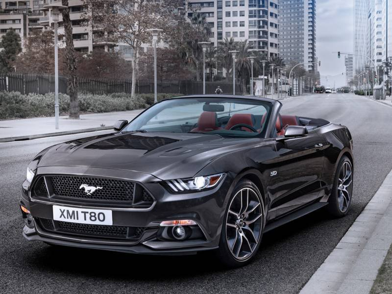 new ford mustang convertible car configurator and price. Black Bedroom Furniture Sets. Home Design Ideas