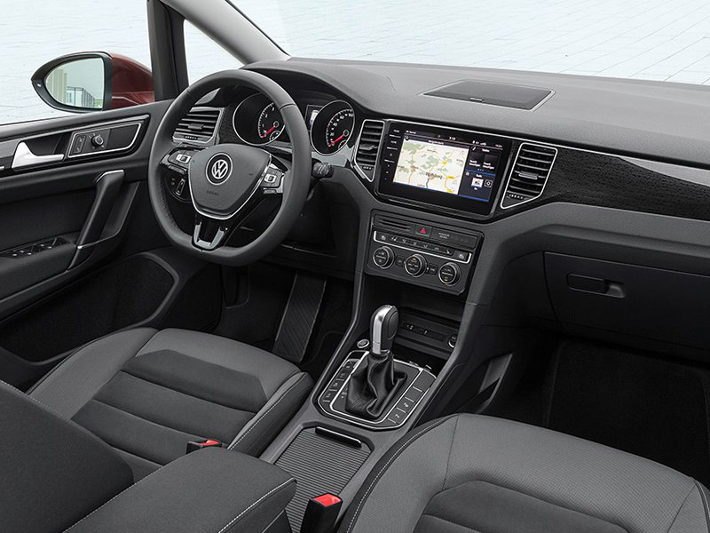 volkswagen configurator and price list for the new golf sv. Black Bedroom Furniture Sets. Home Design Ideas