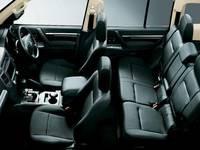 Mitsubishi Pajero 5D