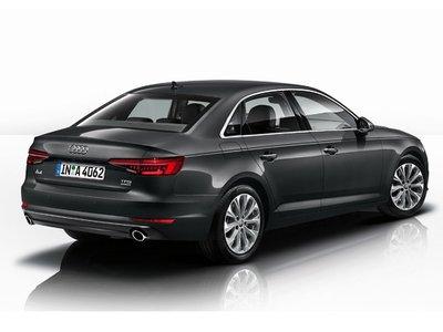 Audi a4 news foto video listino for Lunghezza audi a4 berlina