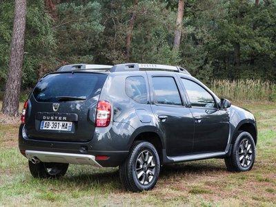 Configuratore nuova dacia duster e listino prezzi 2018 for Dacia duster 2017 interni