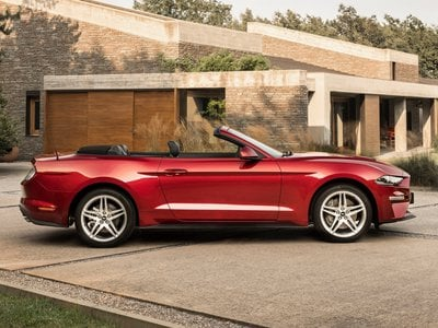 2019 Ford Mustang Convertibile