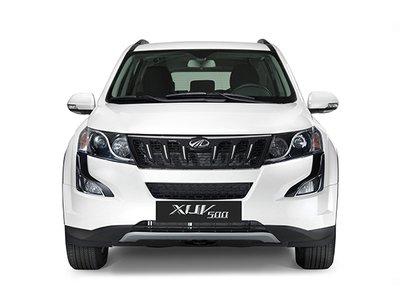 2017 Mahindra XUV500