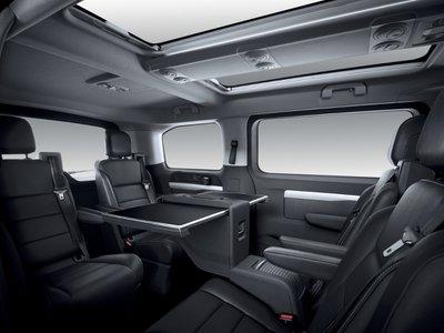 2020 Peugeot Traveller