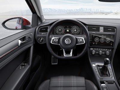 2019 Volkswagen Golf 5 porte
