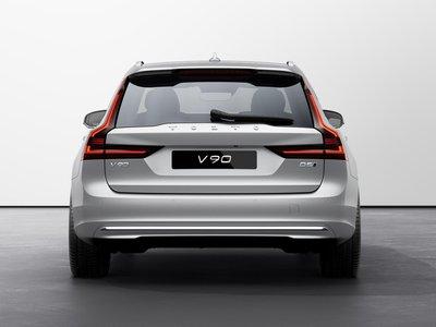 2022 Volvo V90