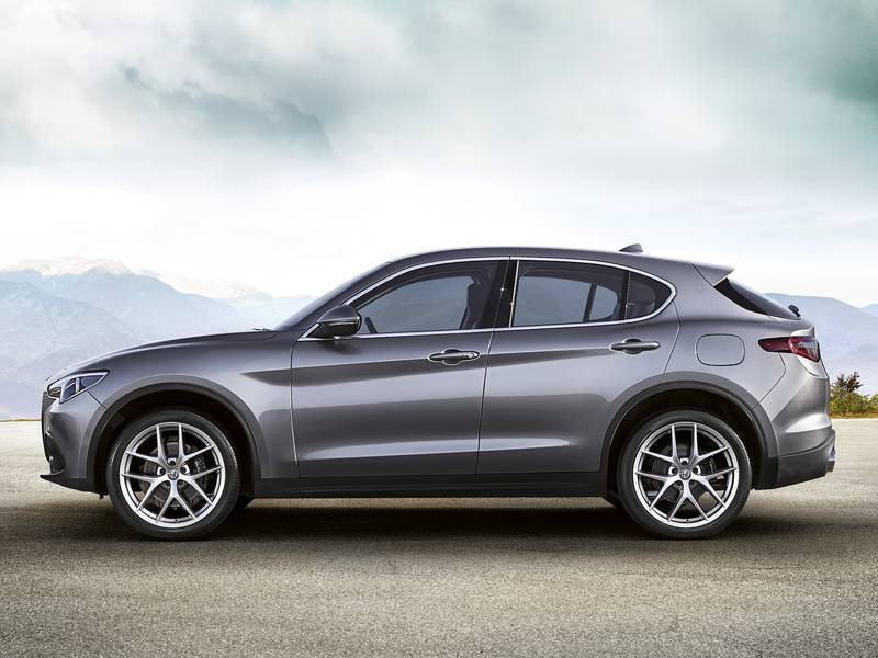 auto nuove alfa romeo stelvio diesel 2 2 turbo diesel. Black Bedroom Furniture Sets. Home Design Ideas