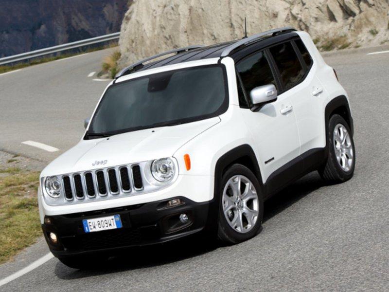 auto nuove jeep renegade benzina 1 6 e torq evo 110cv sport 1000036197. Black Bedroom Furniture Sets. Home Design Ideas