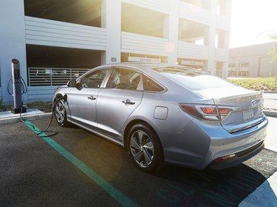 2017 Hyundai Sonata Hybrid Plug-in