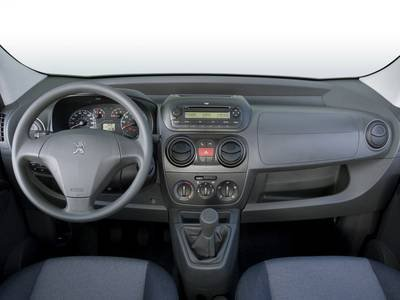 2016 Peugeot Bipper Persone 5 porte